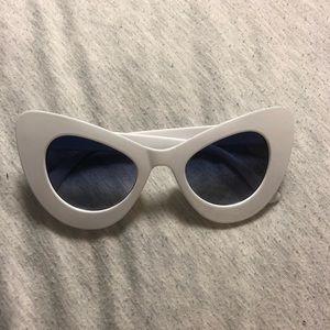 White fun sun glasses never worn